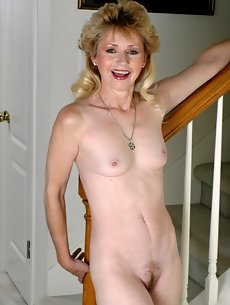 Blonde Galleries